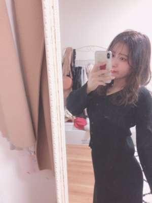 小柄で愛くるしい笑顔がキュート【みおちゃん(20才)】ご案内可能です♪|JKプレイ新宿・大久保店